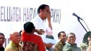 Video Dijamin Ngakak, Presiden Jokowi Tertawa Lepas Mendengar Jawaban Lucu dan Polos Nenek Tua ini MP3, 3GP, MP4, WEBM, AVI, FLV April 2019