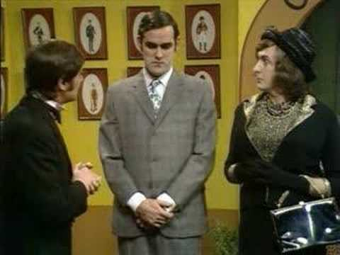 Monty Python's Flying Circus - Season 1, 13 - It's the Arts (or: Intermission)