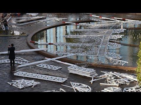 ルミナリエ電飾倒壊 強風の神戸