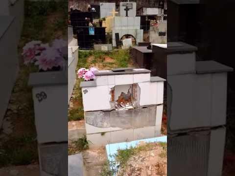 Pouca vergonha do cemitério de baixo em Resende Costa MG