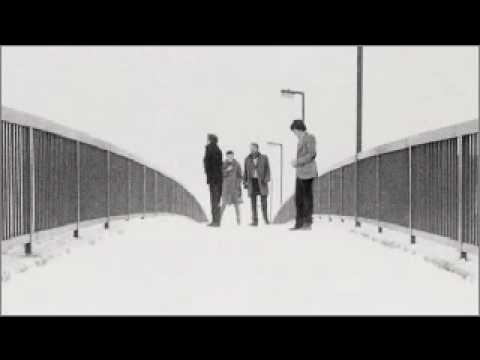 Tekst piosenki Joy Division - Dead souls po polsku