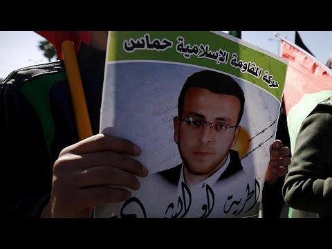 Μ. Ανατολή: Σταματά την απεργία πείνας ο Μοχάμεντ Αλ Κικ