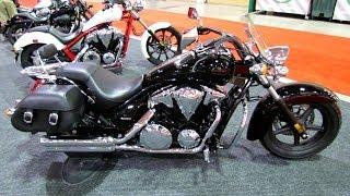 9. 2014 Honda Stateline VT1300 ABS Walkaround - 2014 Toronto Motorcyle Show