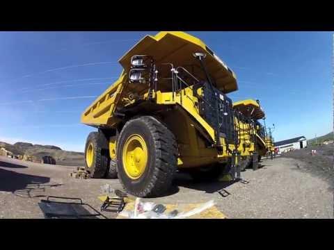 Video New 777G Cat Trucks download in MP3, 3GP, MP4, WEBM, AVI, FLV January 2017
