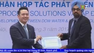 Lễ công bố chứng nhận hợp tác phát triển sản phẩm giữa Tập đoàn Tân Á Đại Thành và Tập đoàn Dow Water & Process Solutions (Mỹ) được tổ chức long trọng chiều ngày 31/3/2017.Hợp tác giữa Tập đoàn Dow và Tập đoàn Tân Á Đại Thành không chỉ nhằm mục đích đồng phát triển các sản phẩm Máy lọc nước R.O có tính năng ưu việt mà còn hướng tới tạo ra những lợi ích thiết thực cho người tiêu dùng Việt Nam khi được tiếp cận với các sản phẩm R.O công nghệ cao hàng đầu thế giới, giúp mang đến nguồn nước sạch, an toàn theo đúng tiêu chuẩn quốc tế.