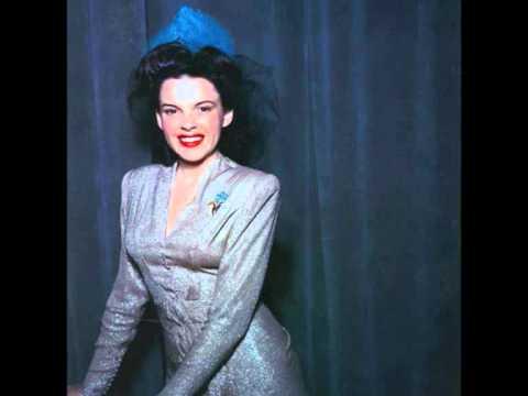 Tekst piosenki Judy Garland - But Not For Me po polsku