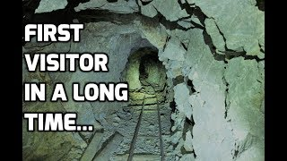 Video Deep Blue Mystery Mineral Inside An Abandoned Mine In Nevada MP3, 3GP, MP4, WEBM, AVI, FLV Juli 2019