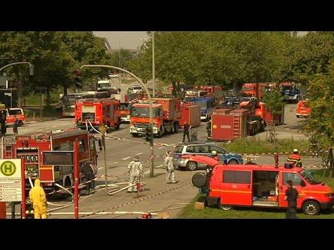 Almanya'da yangın: 38 yaralı