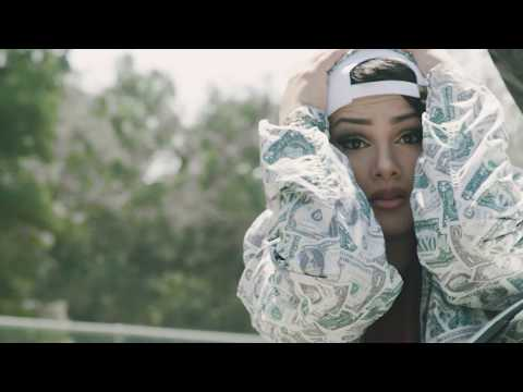 Snow Tha Product – Problems