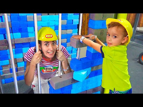 Nikita and mama play at the learning center for kids
