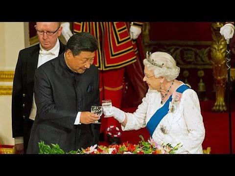 Βρετανία: Με συμφωνίες 40 δις ευρώ στις βαλίτσες του ο Κινέζος πρόεδρος