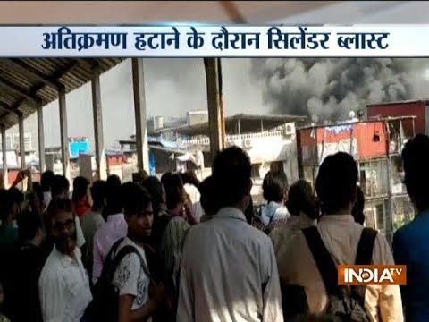 Video Fire broke out in Behrampada near Bandra station, Mumbai download in MP3, 3GP, MP4, WEBM, AVI, FLV January 2017