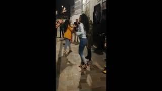 Pijane kobiety uderzają ochroniarza, szybko tego pożałowały…