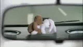 Los Peluches del Carro, Accidente de Coito...