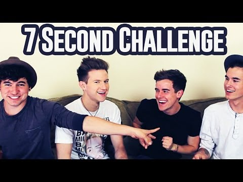 7 Second Challenge w%2F My Roommates