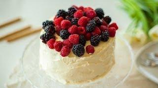 Gâteau blanc à trois étages