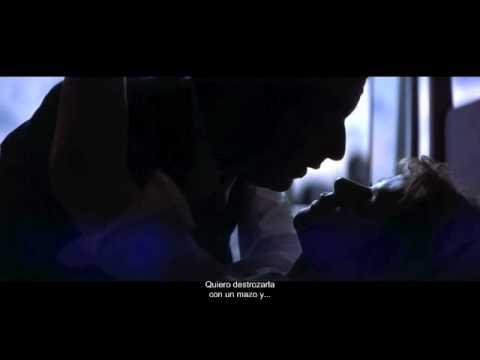 Punch-Drunk Love (2002) clip02