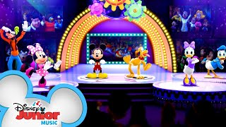 New Hot Dog Dance! 🌭| Mickey Mouse Mixed-Up Adventures | Disney Junior