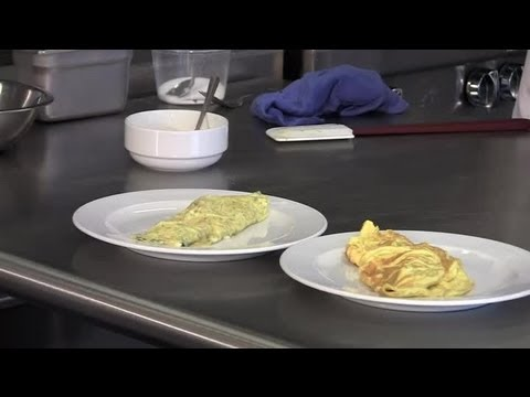 How To Make Different Omelets : Cooking Tips