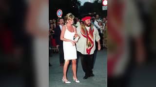 Video La relation entre Lady Diana et Luciano Pavarotti enfin dévoilée MP3, 3GP, MP4, WEBM, AVI, FLV Juli 2017