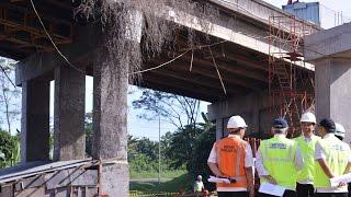 Video Presiden Jokowi: Jalan Tol Mangkrak Kita Ambil Alih MP3, 3GP, MP4, WEBM, AVI, FLV Februari 2018