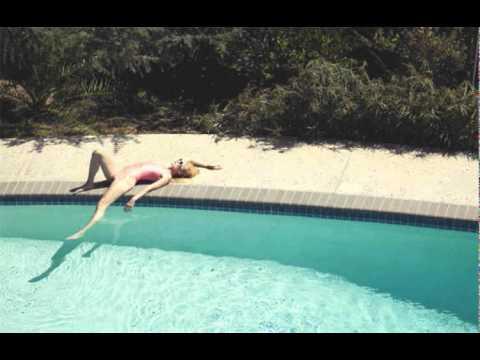 Tennis – Petition (Vacationer Remix)
