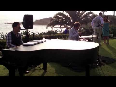 video:Jason Mraz and Coldplay Covers performed at the Montage Laguna Beach Video