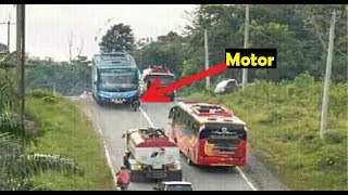 Video Supir Skill DEWA? 7 Skill Hebat dan Nekat Supir BUS Indonesia MP3, 3GP, MP4, WEBM, AVI, FLV Juli 2018