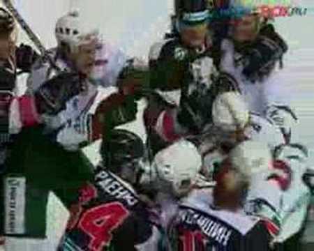 Хоккеисты побили в Казани рекорд НХЛ... устроив драку