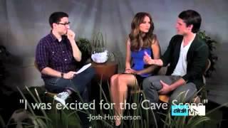 Jennifer Lawrence and Josh Hutcherson||you always make me smile