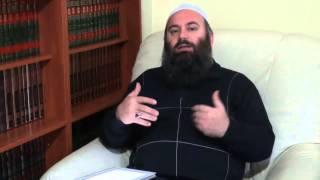A kam mëkat nëse në lokalin tim ndëgjohet muzika - Hoxhë Bekir Halimi
