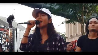 ku rela di benci -adik cute feat  Kodots buskers cover Aiman tino Video