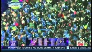 New Year's Eve Live 2014 Anderson Cooper Kathy Griffin Times Square New York (13/17)