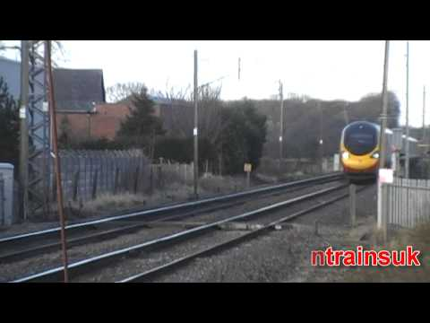 Virgin Trains Class 390 Pendolino at 125MPH with HORN ! - West Coast Main Line