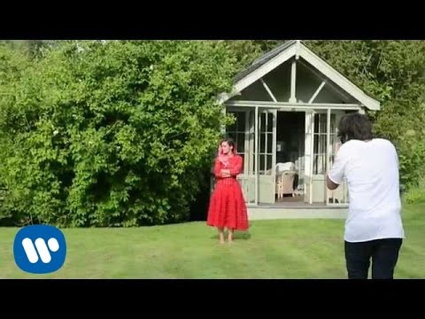 Lily Allen - Vogue US Photo Shoot (Behind The Scenes)