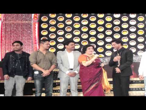 Shahrukh Khan Honoured With Entertainer Of Indian