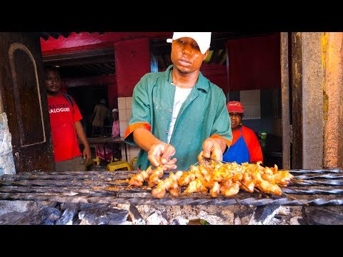 Street Food Tour of Lamu, Kenya - FOOD MELTING POT and Sailboat BBQ - Kenyan Swahili Food!