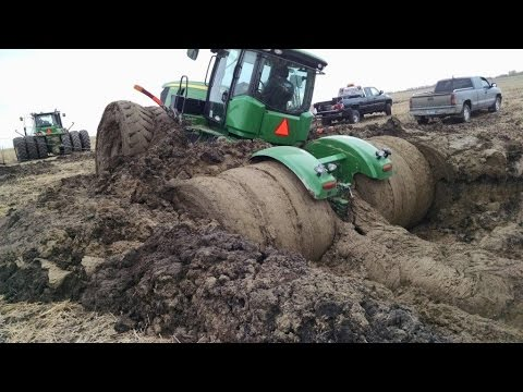 Video Tractor stuck in mud compilation 2015, NEW download in MP3, 3GP, MP4, WEBM, AVI, FLV January 2017
