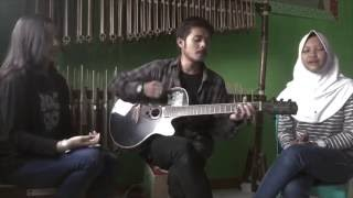 Burgerkill - Tiga Titik Hitam (Acoustic Cover By Angelika, Putrapmgks, Iva)