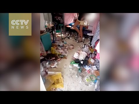 Kiinalainen tyttöjen asuntolahuone tyrmää likaisuudellaan