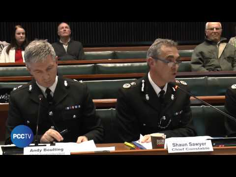 Tony Hogg questions CC Shaun Sawyer about taxi regulations