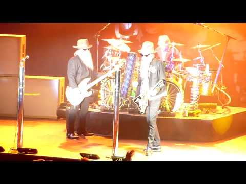ZZ Top - My Head's in Mississippi / I Need You Tonight, Stockholm, Sweden 2010-10-24