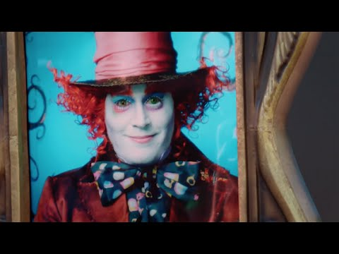 Alice Through the Looking Glass (Featurette 'The Mad Hatter Surprise')