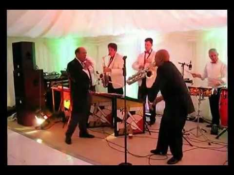 Steve Sanders - Mack the Knife - Claire and Jon Wedding - Strayhorns