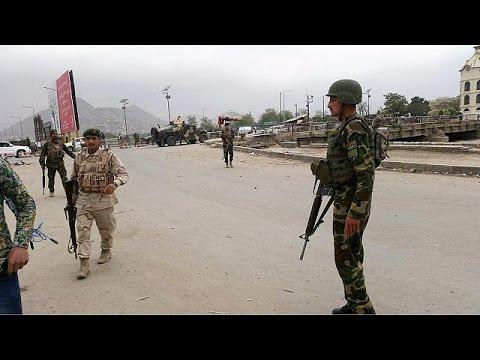 Αφγανιστάν: Επίθεση αυτοκτονίας με 24 νεκρούς στην Καμπούλ