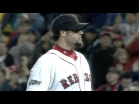 Video: Gagne gets final out, Red Sox win