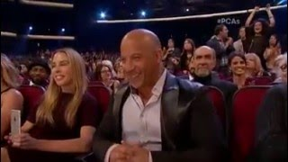 Nonton Vin Diesel sings a tribute to Paul Walker at People's Choice Awards 2016 Film Subtitle Indonesia Streaming Movie Download