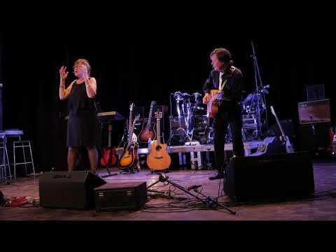 Fontaine-le-Dun (76) : chansons rétro avec Didier Blons et Gisèle Bihan