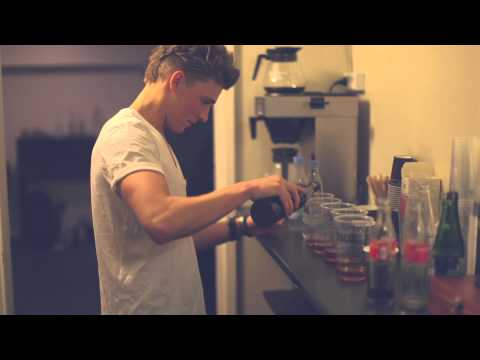 christopher - http://www.christophermusic.dk https://www.facebook.com/#!/ChristopherMusicDk Filmed and directed by Rasmus Jørgensen Music video by Christopher performing M...