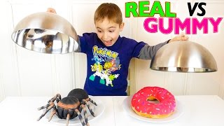 Video REAL VS GUMMY FOOD CHALLENGE - Vraies Choses ou Bonbons ? MP3, 3GP, MP4, WEBM, AVI, FLV September 2017